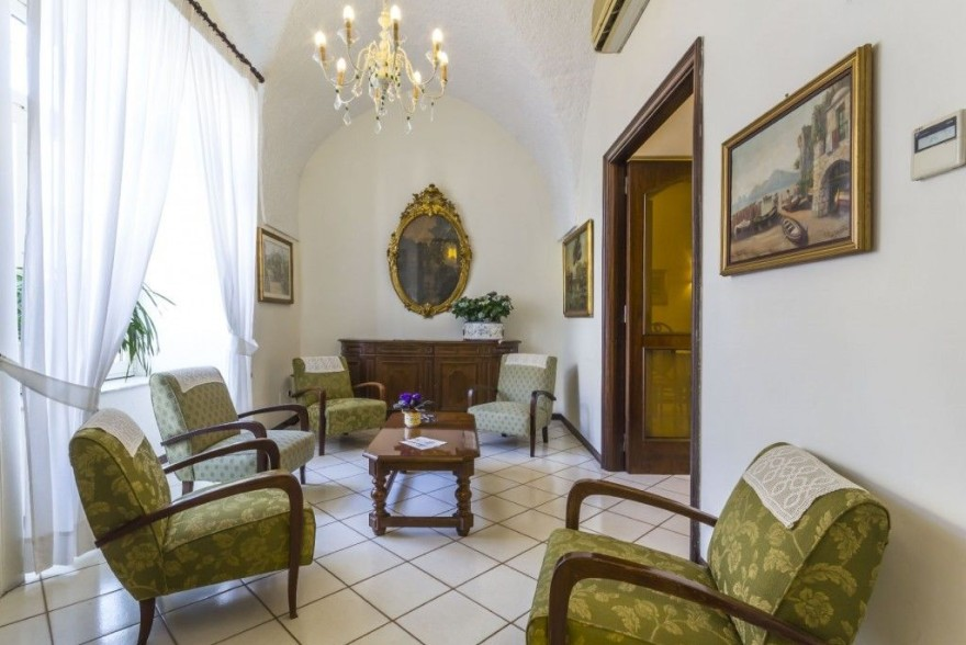 Un'immagine dell'hotel 3 categoria #3stelle #3category  Hotel Villa Di Sorrento #Sorrento #Napoli #Campania #italy: /1/0/1/1/8/1/hall3 1024x711.jpg