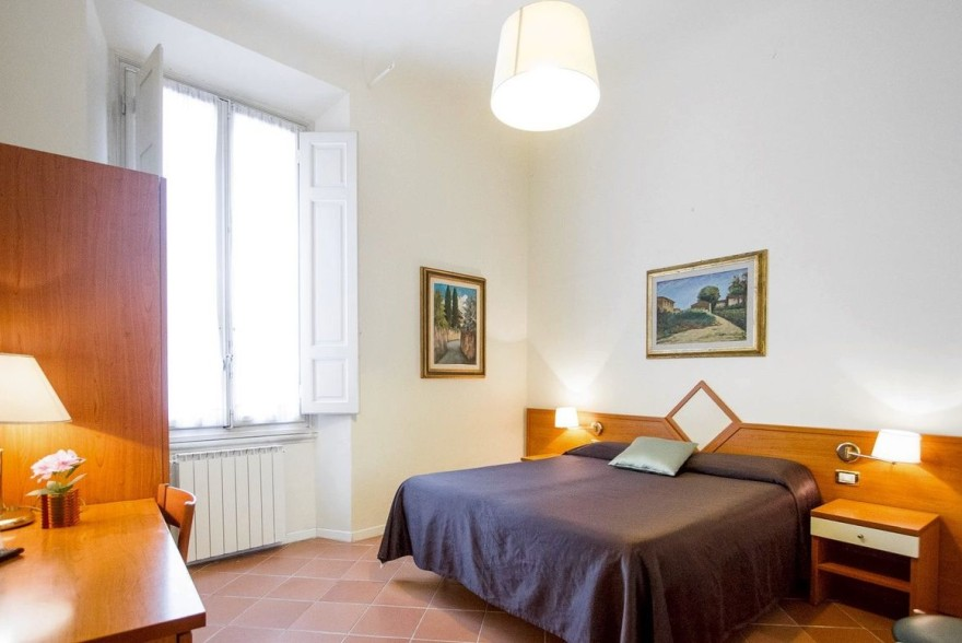 Un'immagine dell'hotel 2 categoria #2stelle #2category  Hotel Maxim #Firenze #Firenze #Toscana #italy: /1/0/2/1/8/4/Double superior modern 1.jpg
