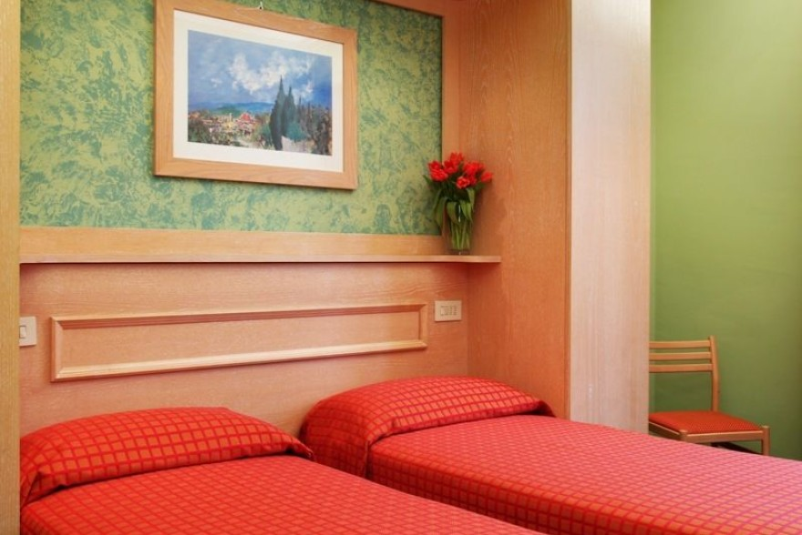Un'immagine dell'hotel 3 categoria #3stelle #3category  Hotel Meridiana #Firenze #Firenze #Toscana #italy: /1/5/7/6/0/15.jpg
