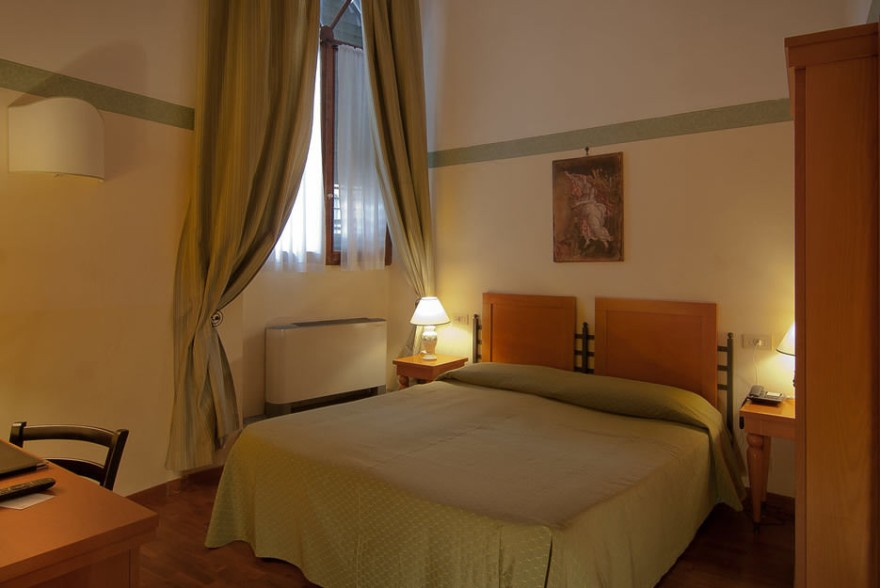 Un'immagine dell'hotel 3 categoria #3stelle #3category  Hotel Botticelli #Firenze #Firenze #Toscana #italy: /8/8/4/2/7.jpg